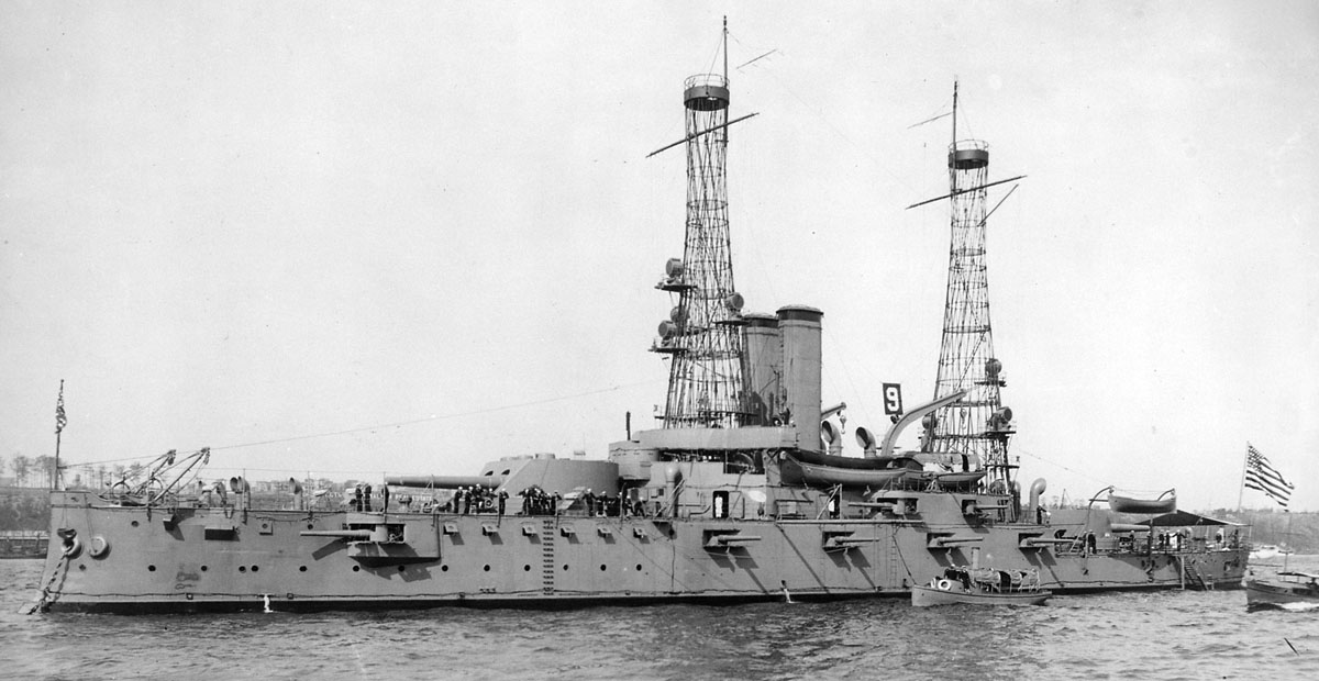 USS_Alabama_(BB-8)_1912.jpg