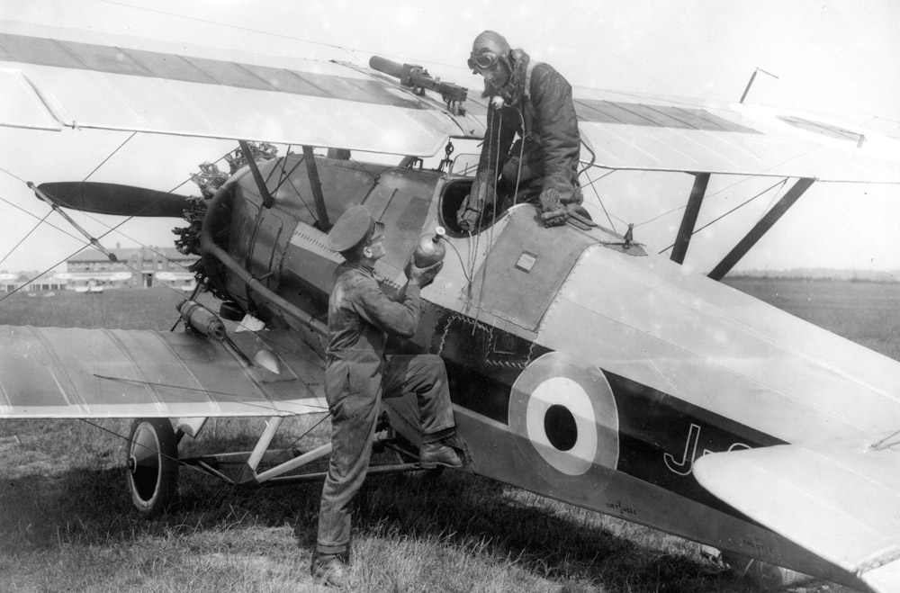 Armstrong-Whitworth_Siskin_ExCC (1).jpg
