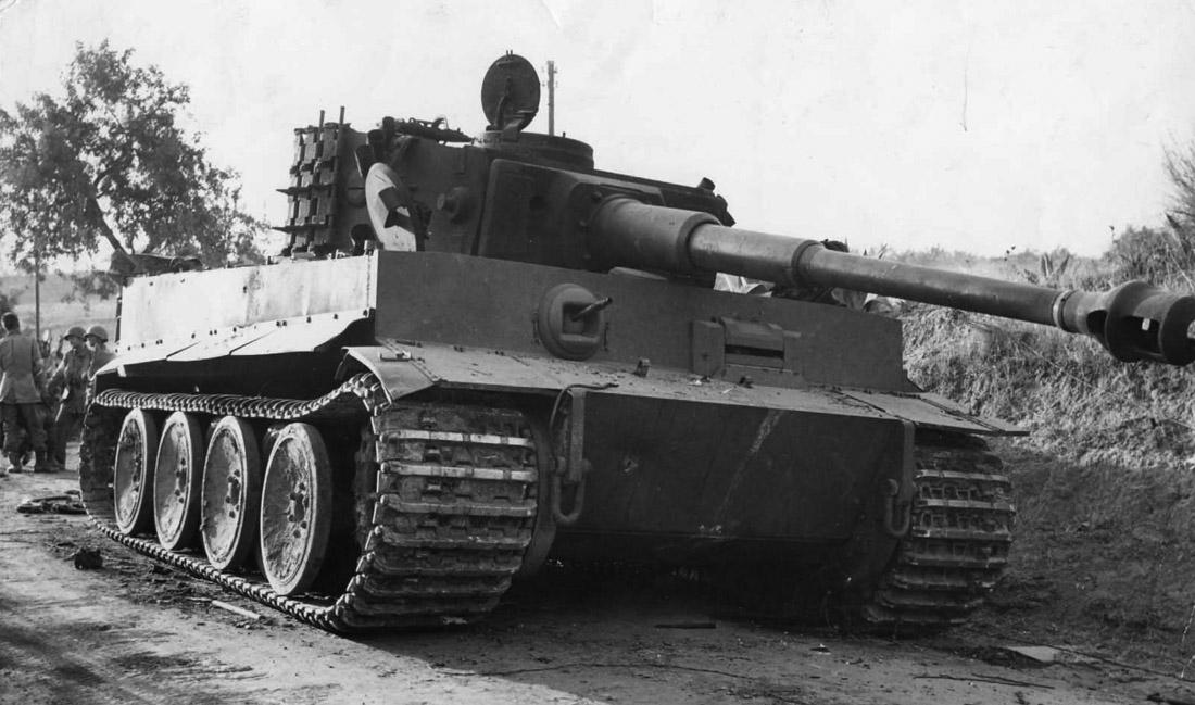 Tiger_tank_sicily ponte-drillo.jpg
