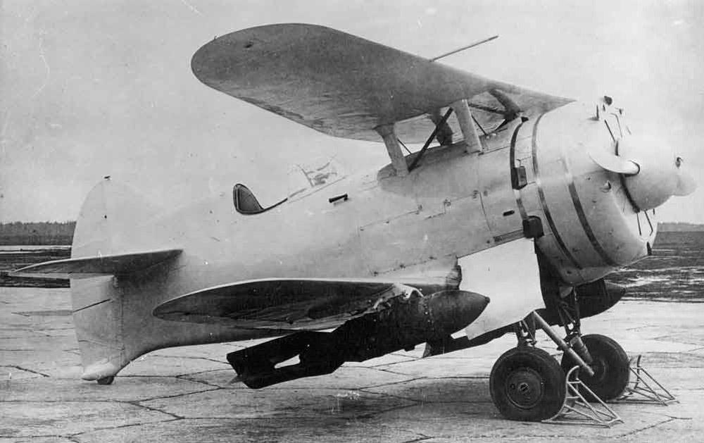15.I-207-3-s-podveskoj-bomb.-2.jpg