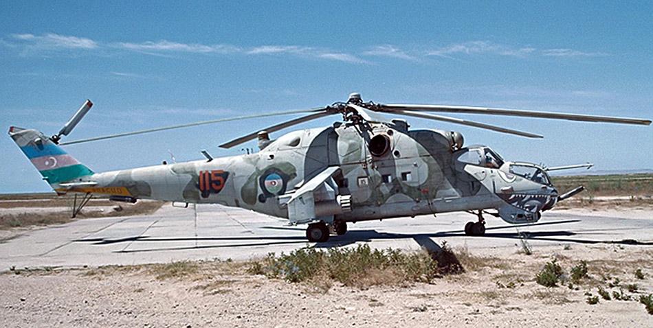 Mi-24V Hind-E  115    Baku    2000_edited-1.jpg