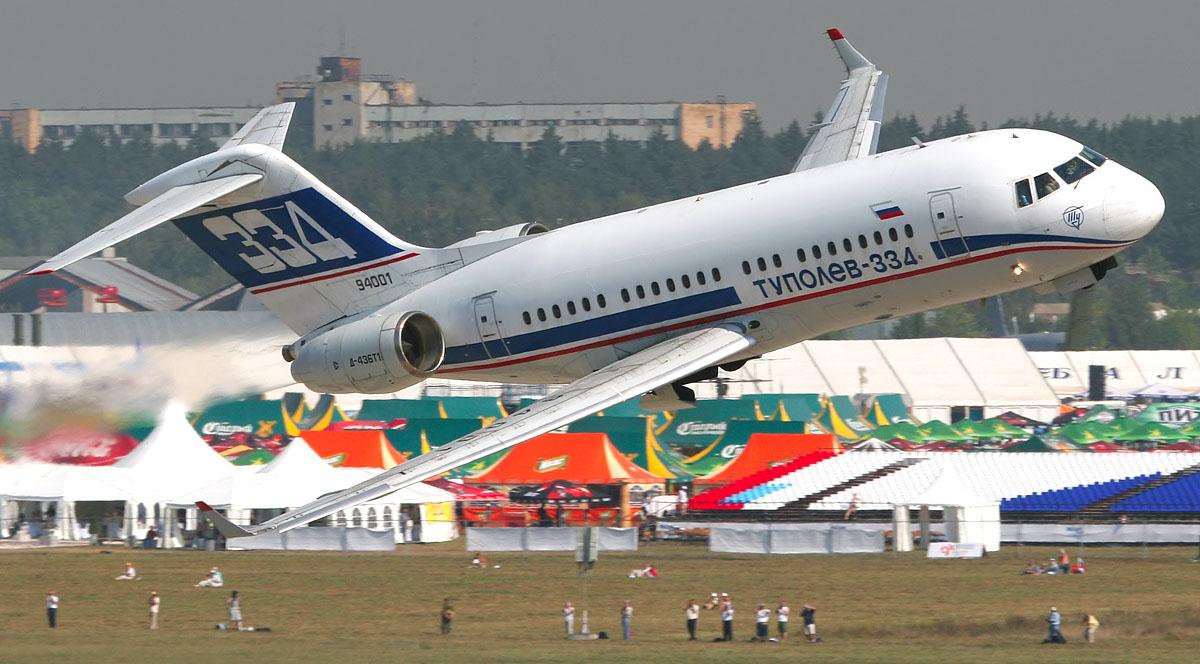 Сегодня в небе Tupolev_Tu-334_at_MAKS-2007_airshow.jpg