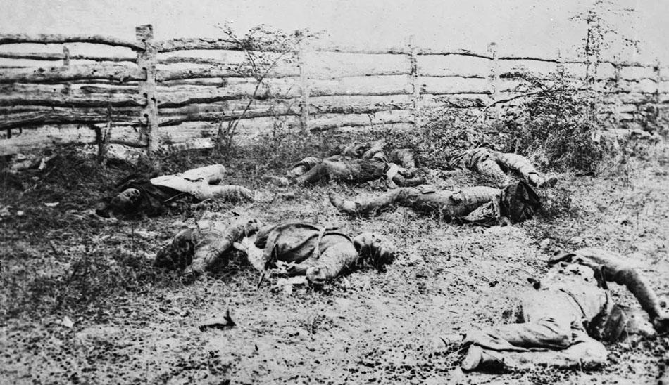 Antietam,_Maryland._Confederate_soldiers_1862