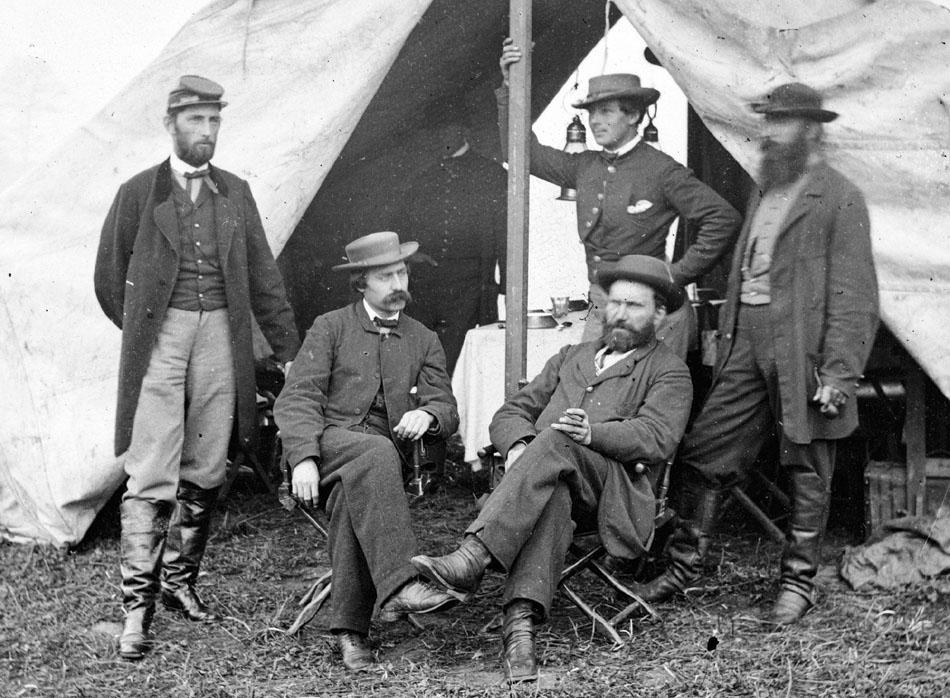 1862-09-secret-sevice-men-at-antietam