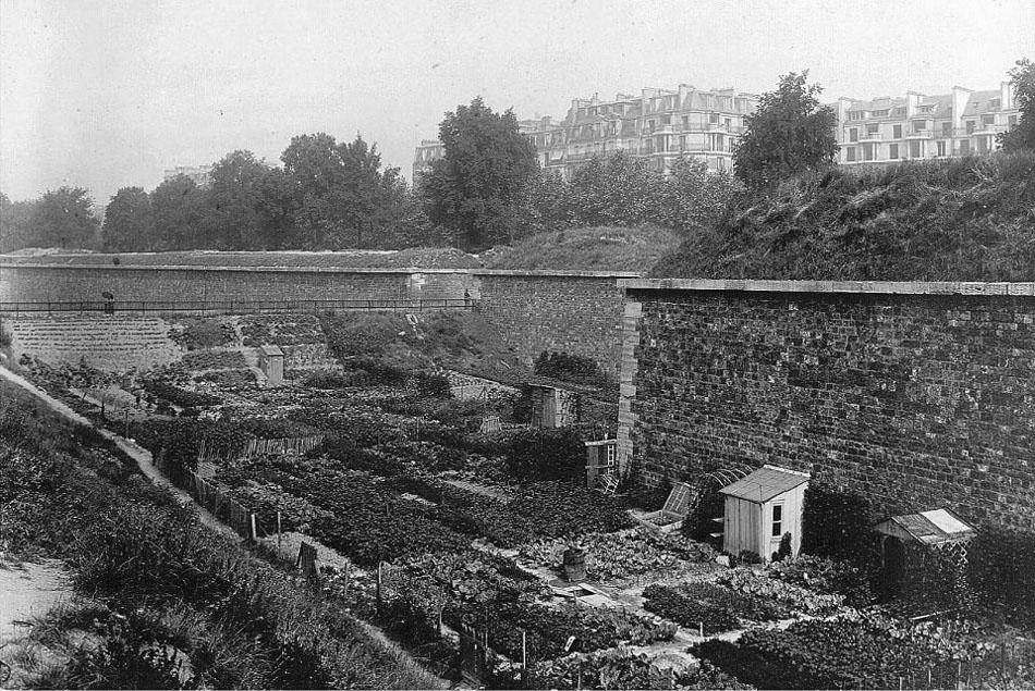 Porte d'Issey