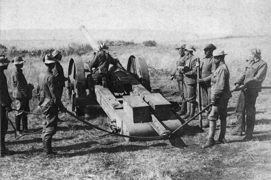 Sighting one of the 4.7 Naval Guns on the Boer Position at Schwartzkop