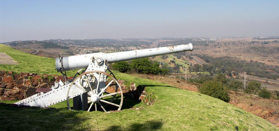 South_Africa-Gauteng-Fort_Klapperkop-Long_Tom01