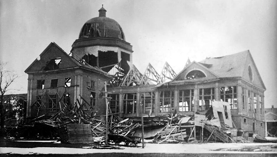 Halifax_Explosion_Aftermath_LOC_2_-_restored