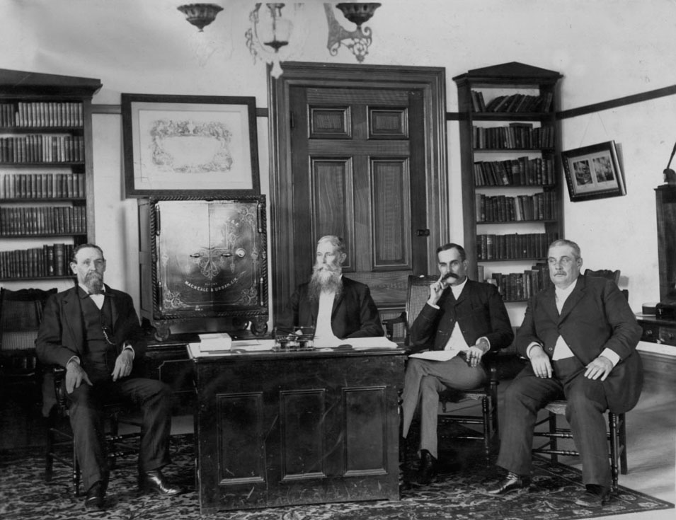 Hawaii_Provisional_Government_Cabinet_(PP-28-7-012)
