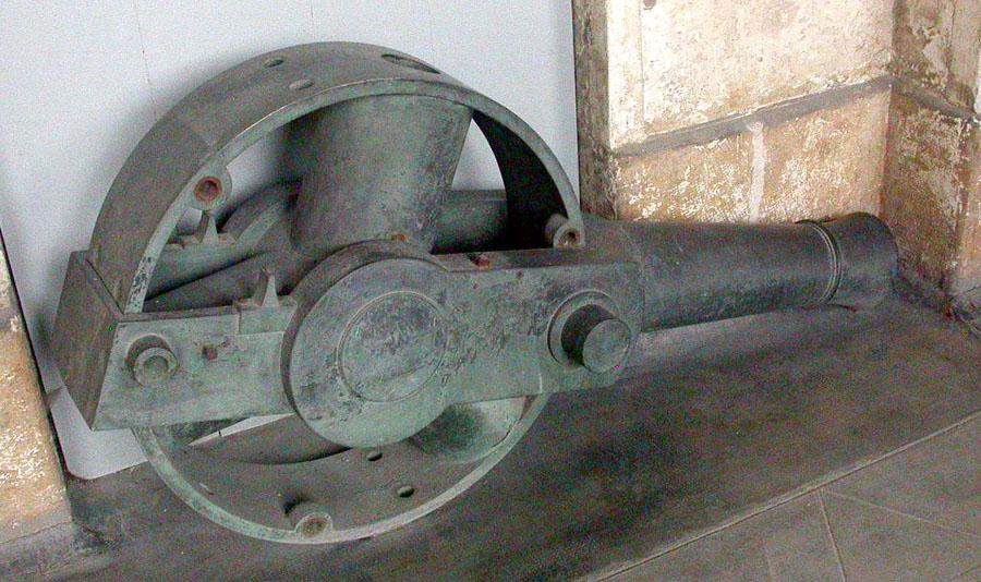 canon revolver cochran