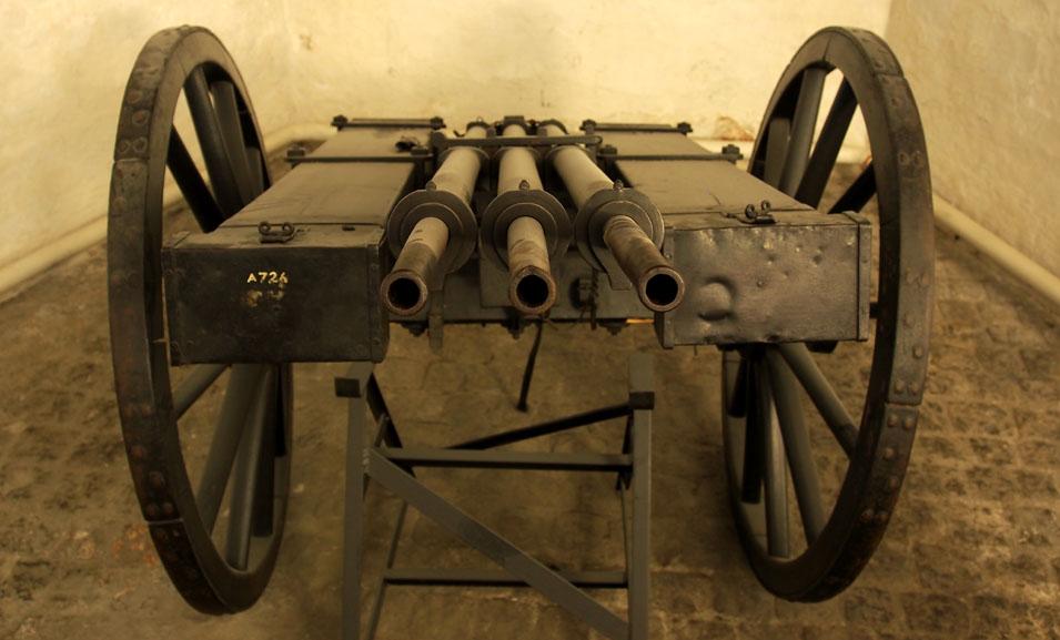 Danish_Espingol,_17th_century_multi-shot_weapon,_pic1-001