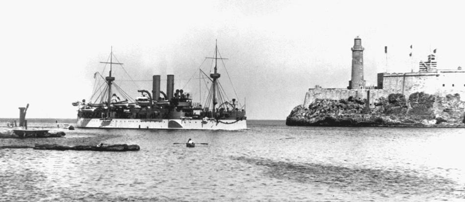 USS_Maine_entering_Havana_harbor_HD-SN-99-01929