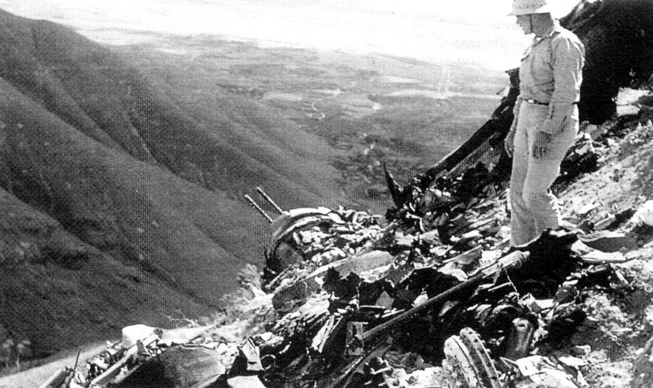 8-141-Wreckage-42-94045