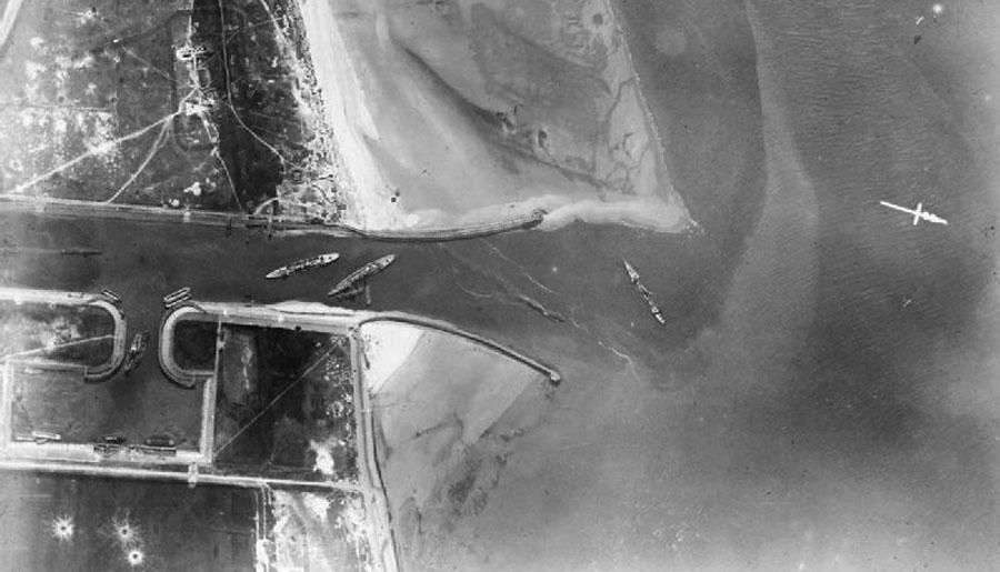 Aerial_photograph_after_Zeebrugge_Raid_IWM_Q_20648B