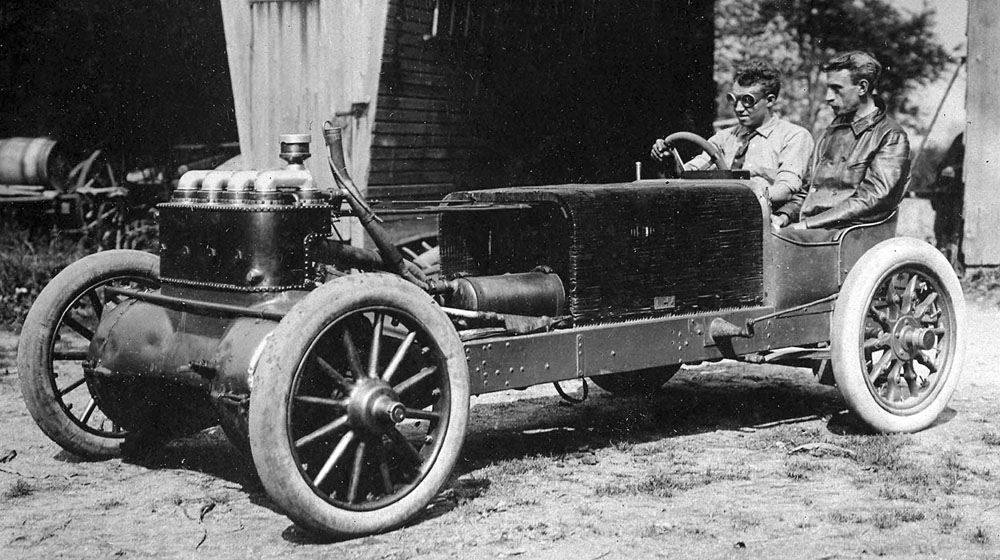 George Robertson with mechanician Walter Christie