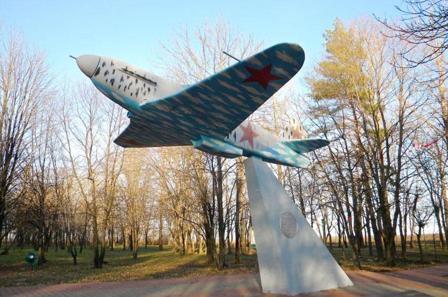 memorial-kurskoy-bitvy-vysota-2545-406640