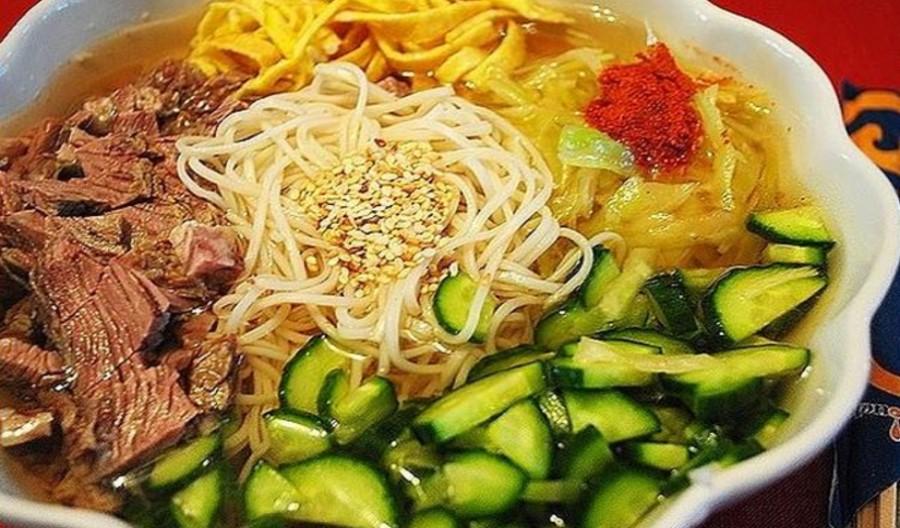 Корейская кухня.  Кукси. Холодный суп.