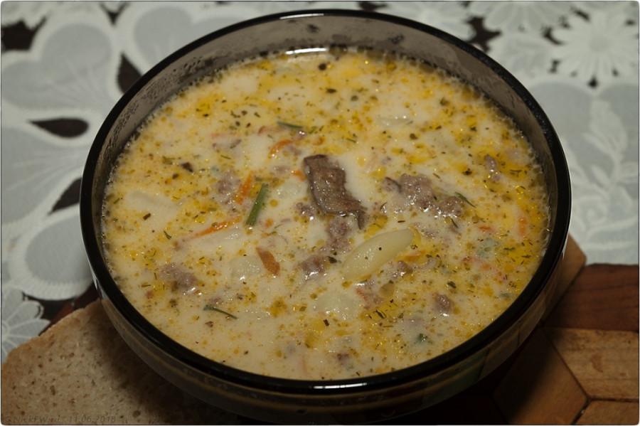 сырный суп с грибами и фаршем