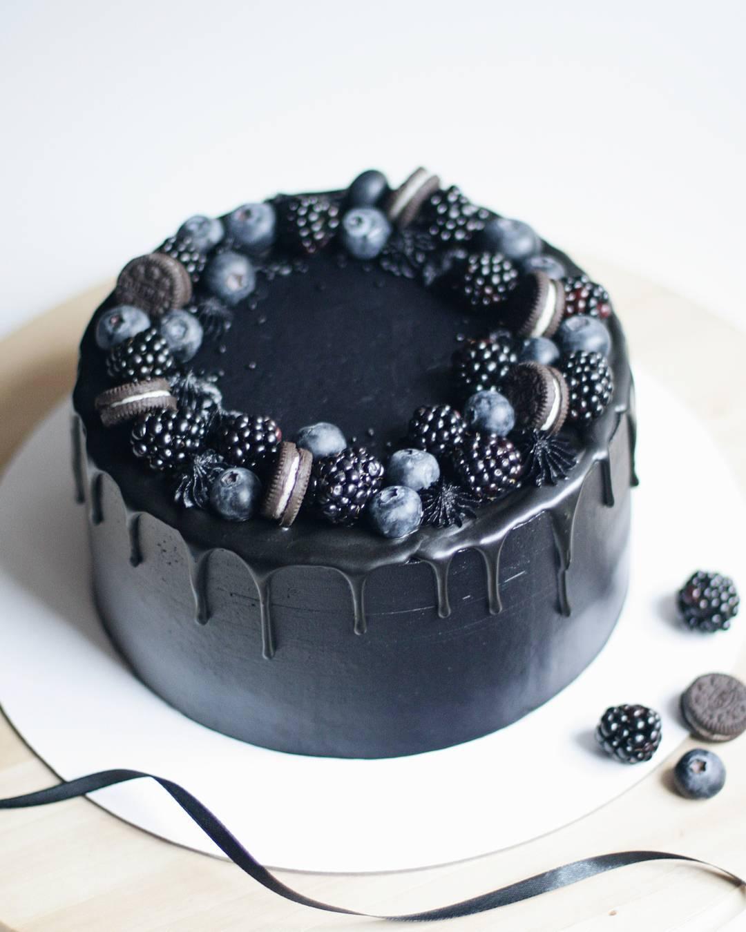 Нет, это не сожженная еда, это черная магия на вашей тарелке. И это полезно для
