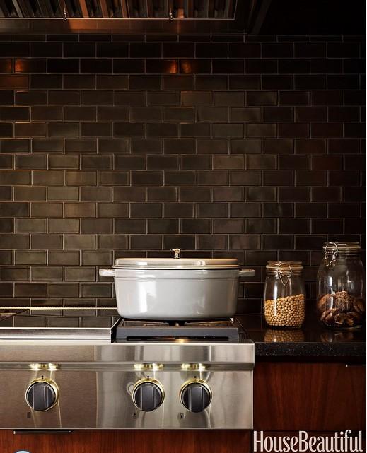 кухня в коричневых тонах 01