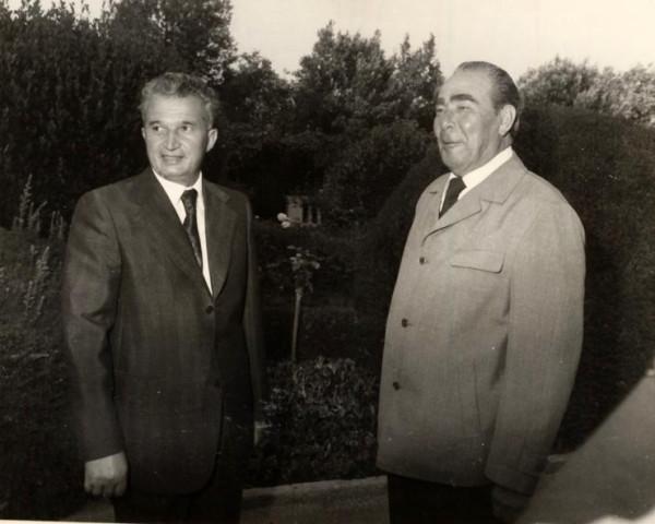 1976-Nicolae-Ceauşescu-şi-Leonid-Brejnev-Fototeca-online-a-comunismului-românesc