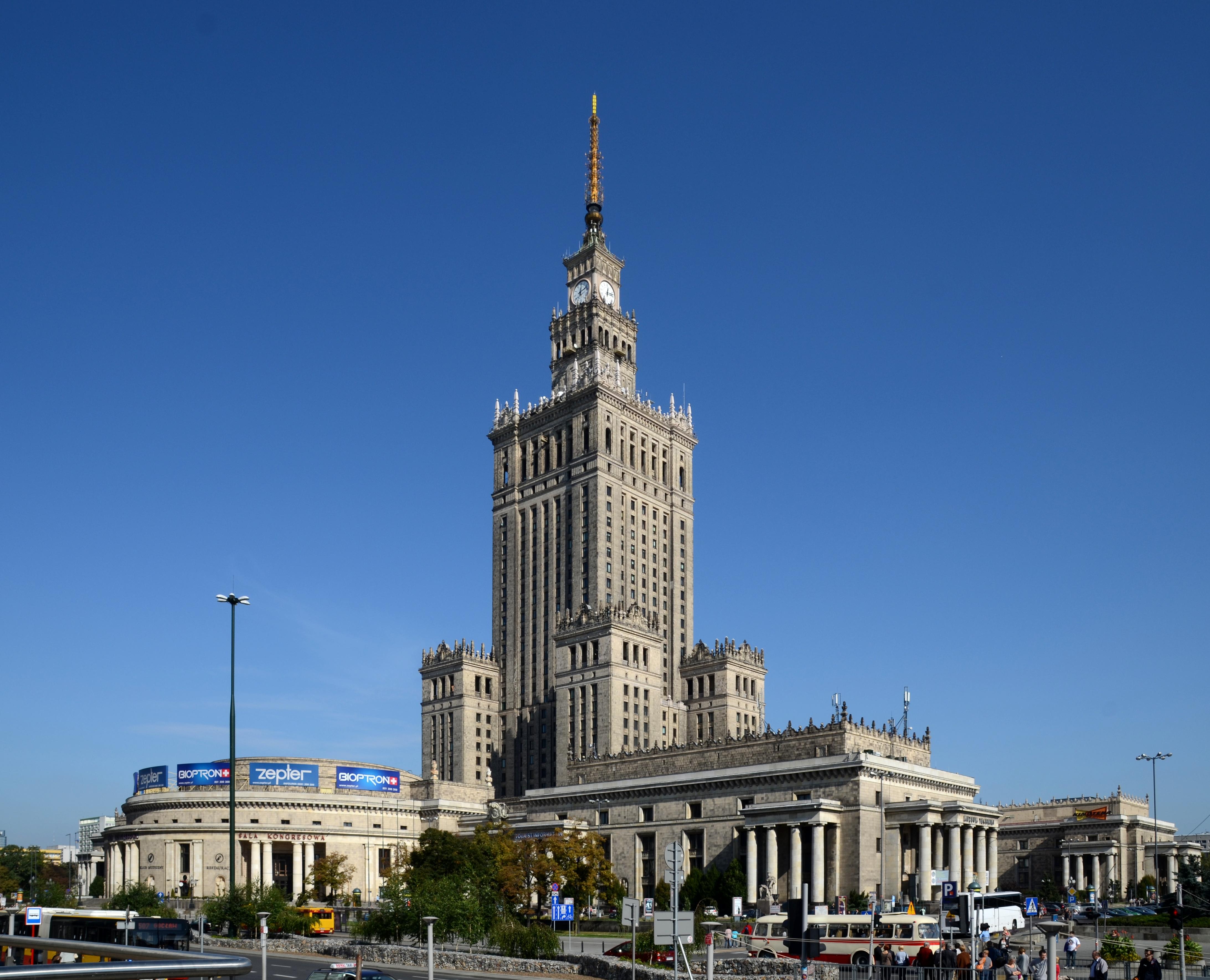 Pałac_Kultury_i_Nauki_2011