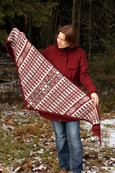 2018_09_FI_Totem shawl (5).jpg