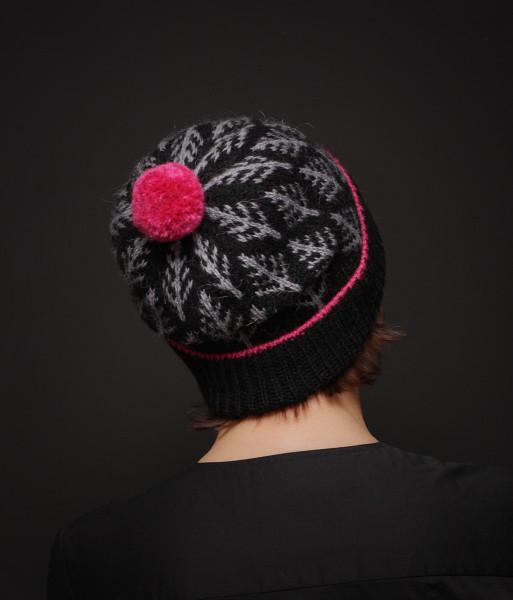 2018_11_Black-pink beanie (3).jpg
