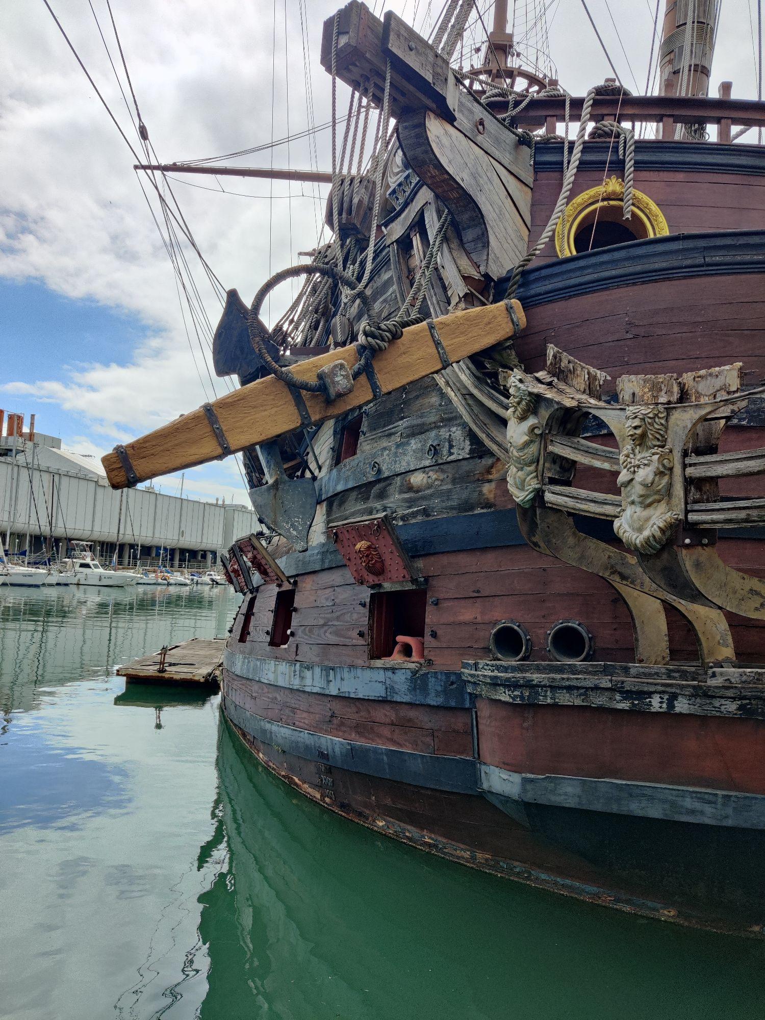 """Галеон """"Нептун""""- построен в Тунисе в 1986 для с'емок  фильма Поланского """"Пираты""""."""