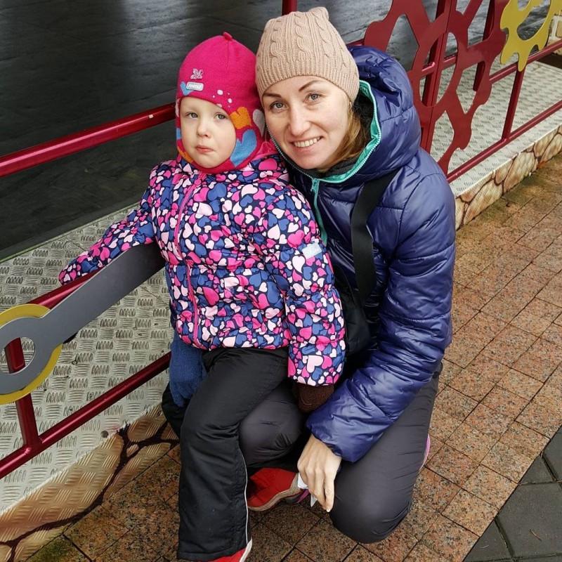 С младшей дочкой Аленой в Санкт-Петербурге.