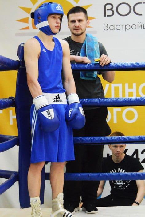 Родион Крысин с тренером Игорем Ярмульским.