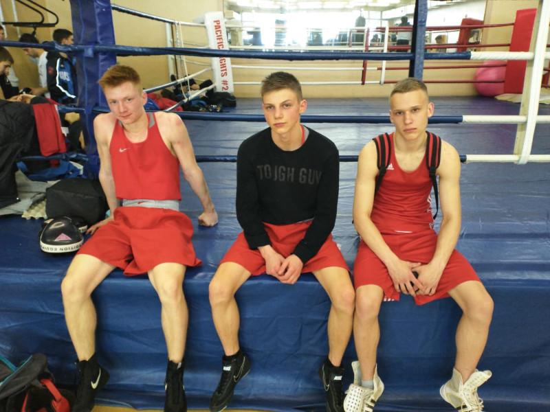 Уссурийские боксеры после первого дня турнира.