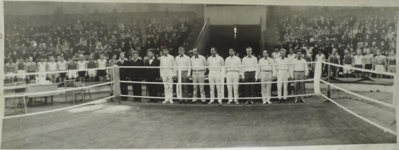 Соревнования по боксу в Уссурийском цирке, 1973 год, фото предоставлено В. Оттенко.