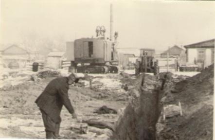 """Начало строительства ДК """"Юность"""", конец 1960-х годов."""