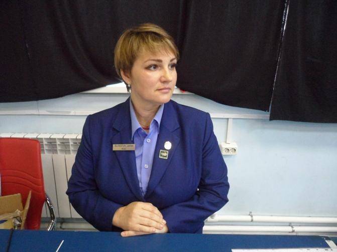 Главный судья соревнований Лариса Елисеева.