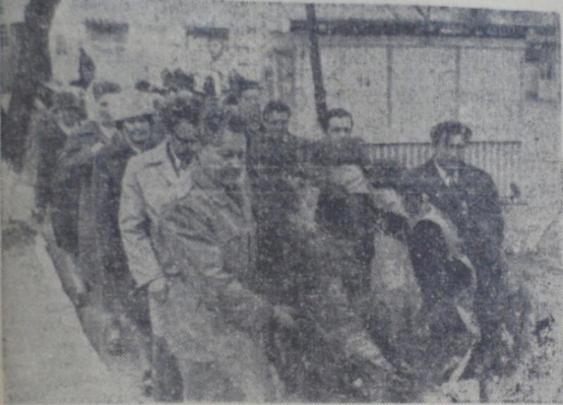 Возложение цветов к памятнику Ленина.