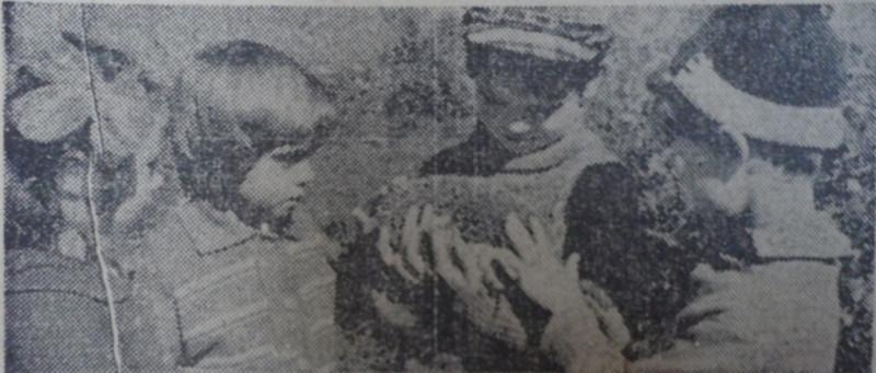 Дети с ежиком 1978 год.