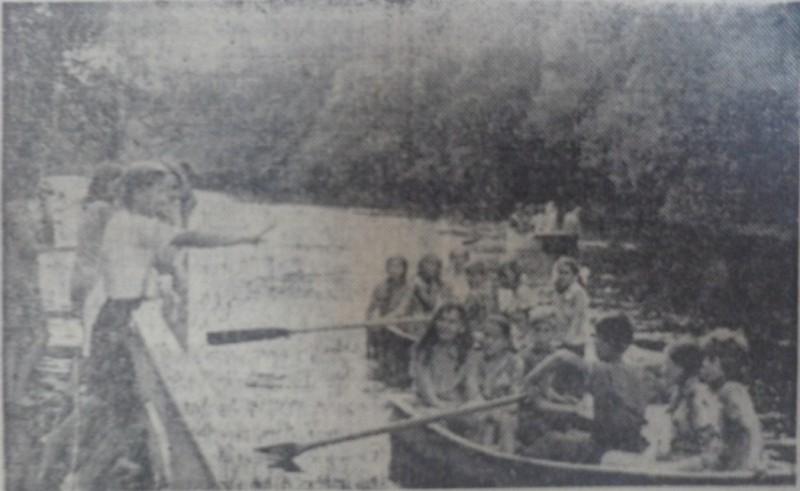 На лодочной прогулке, 1975 год.