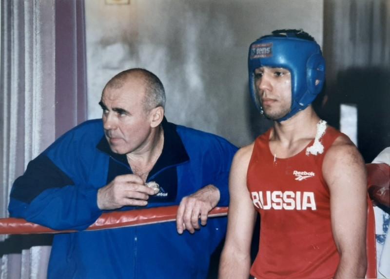 С Дмитрием Махненко.