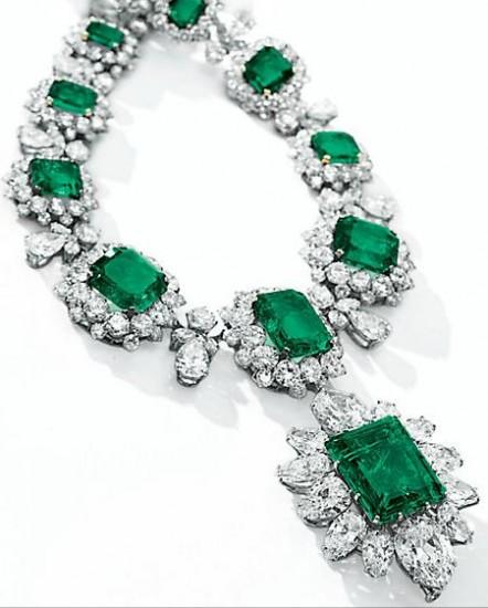 emeraldnecklace-442x550
