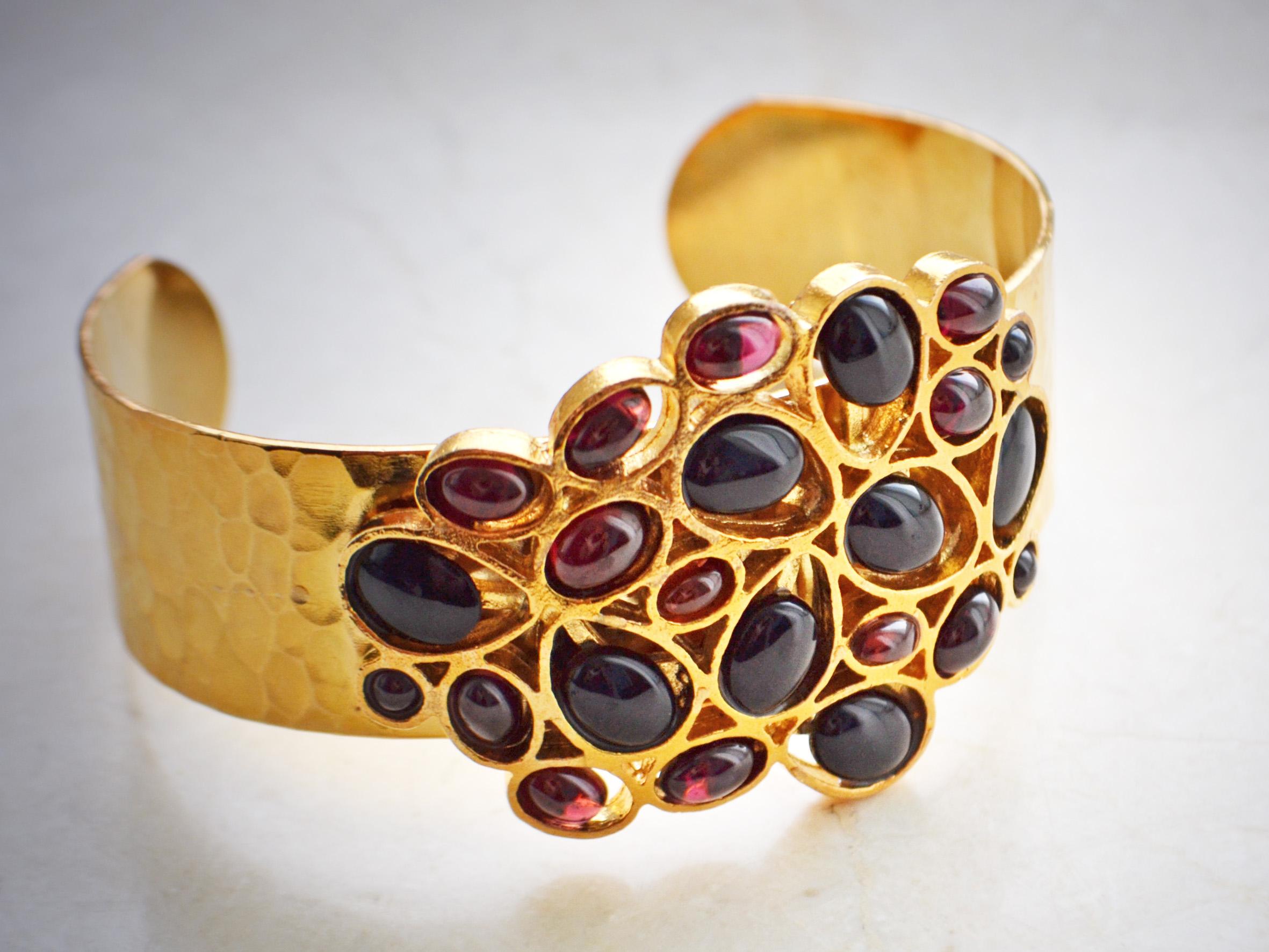 Гранатовый браслет фото украшения