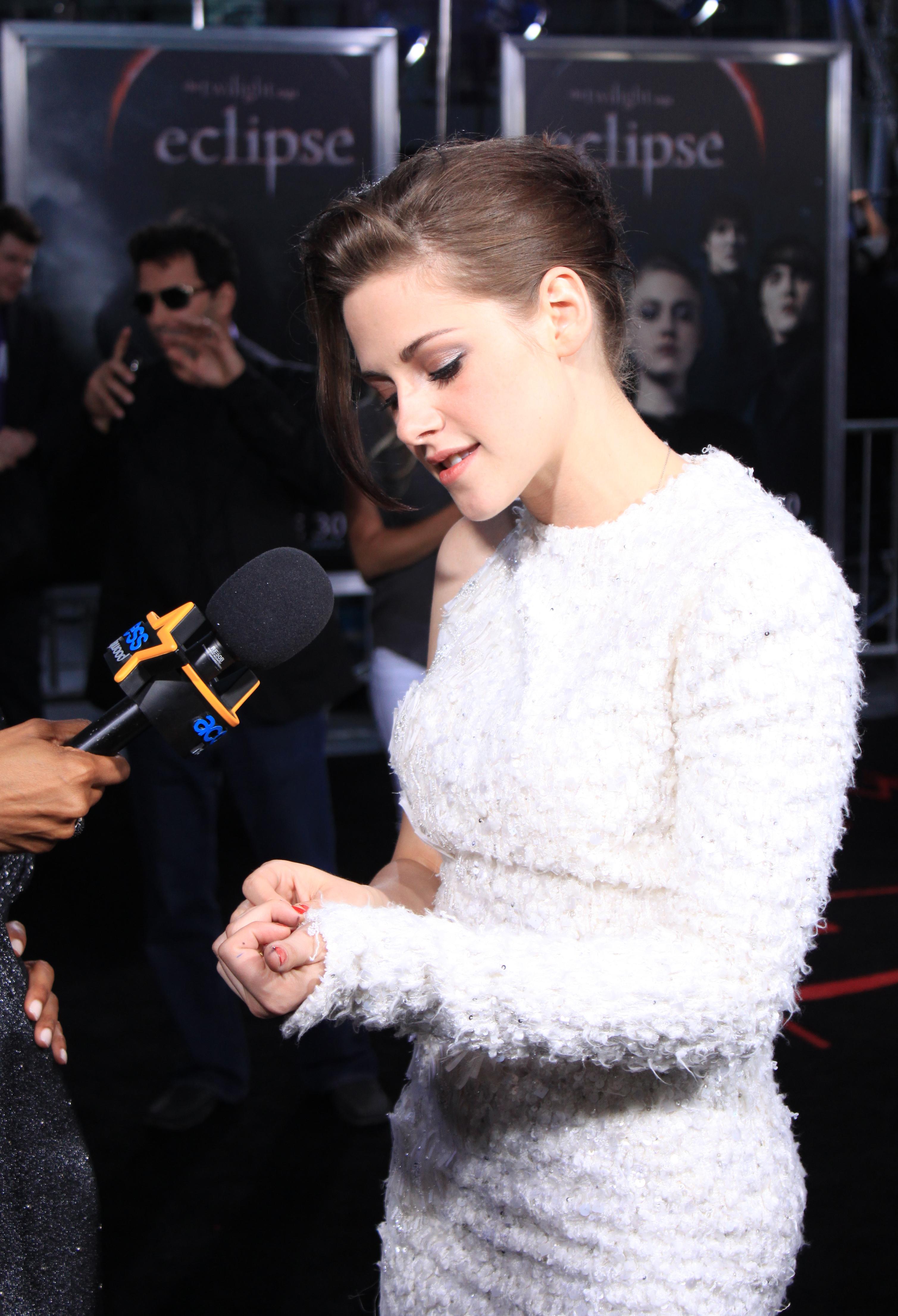 Kristen and Shaun Robinson at the Eclipse Premiere in LA 3