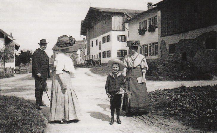 Марианна, Габриель Мюнтер и Явленский с Сыном Андреасом, Мурнау, 1909