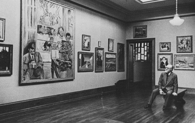 Henri Matisse visiting the Barnes Foundation.jpg