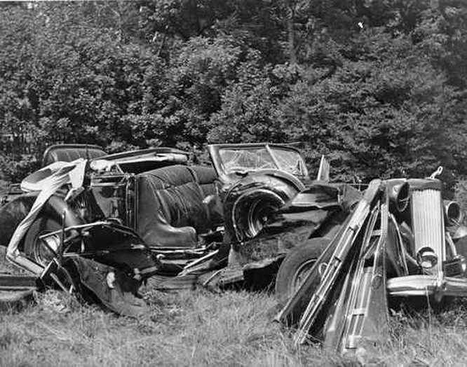 Resize of The wreckage of the car in which Albert C. Barnes was killed