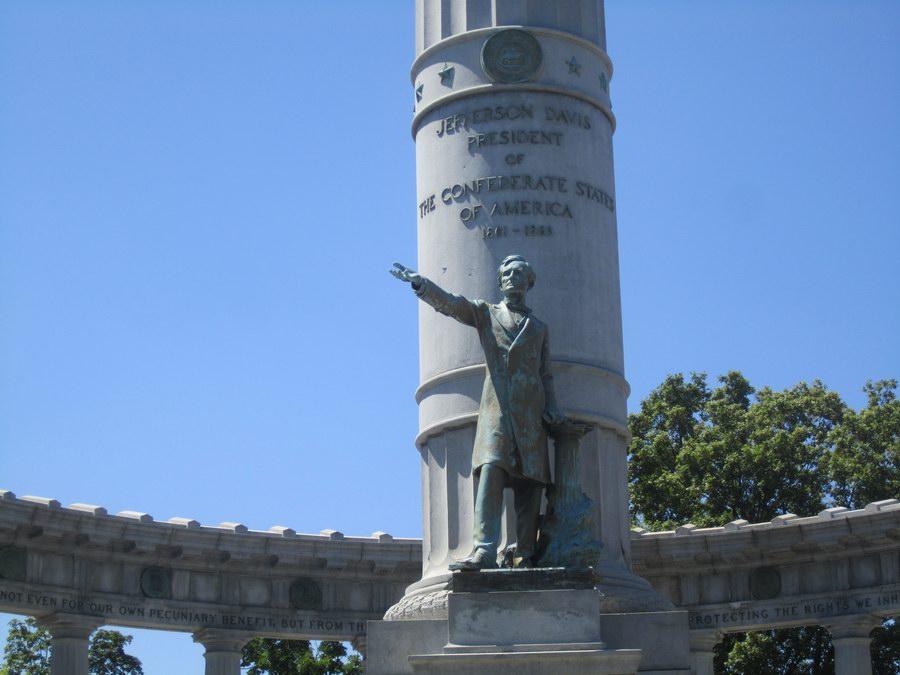 Resize of Jefferson_Davis_Monument,_Richmond,_VA_IMG_4066