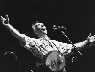 In loving memory of folksinger Tommy Makem, 1932-2007