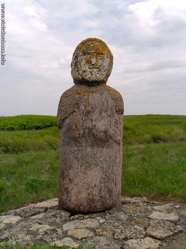 Скифские и половецкие каменные бабы - визитная карточка Хомутовской степи
