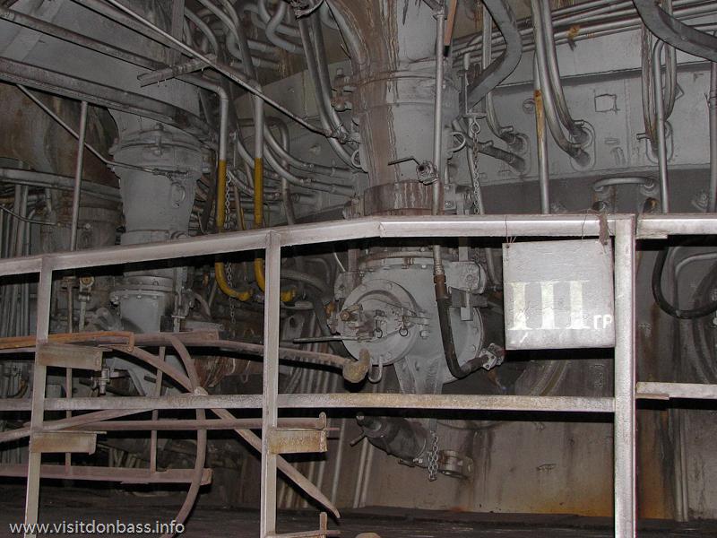 В доменном цехе Донецкого метзавода впервые в мире была внедрена установка по вдуванию пылеугольного топлива - ПУТ