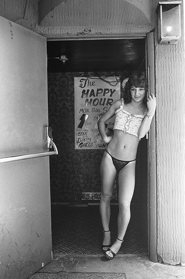 Velvet, Strip club Clermont Lounge